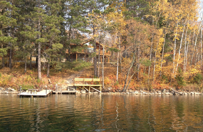 Cabin exterior view of Buckhorn on Caribou Lake.