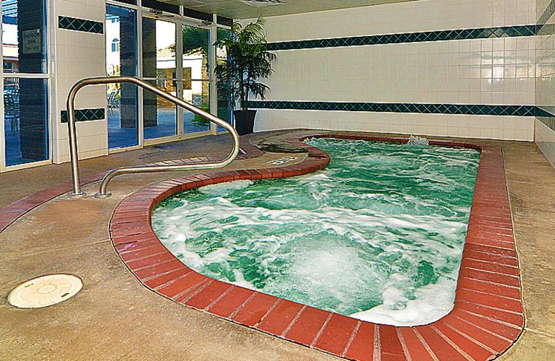 Whirlpool at The Best Western Abbey Inn Hotel.
