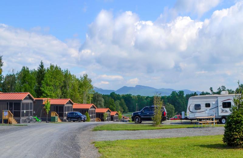 Exterior view of Yogi Bear's Jellystone Park™ Camp-Resort in Gardiner, NY.
