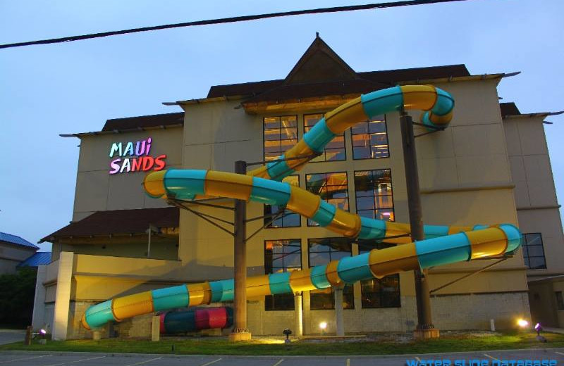 Exterior view of Maui Sands Resort & Indoor Waterpark.