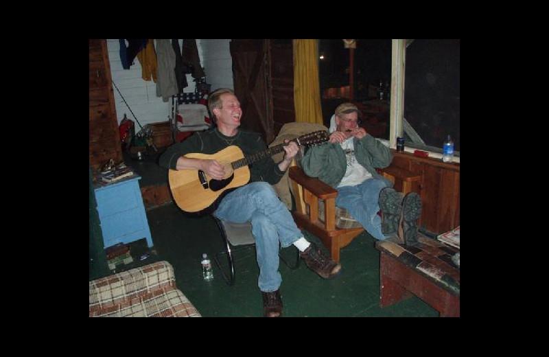 Live music at Stokes Bay Resort.