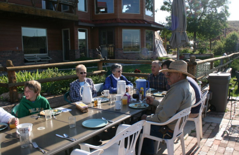 Outdoor dining at K3 Guest Ranch.