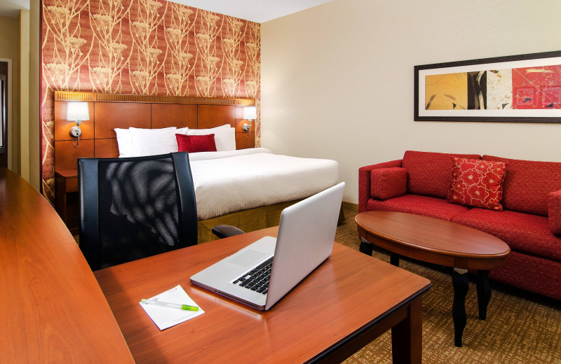 Guest room at Courtyard by Marriott Charlotte Arrowood.