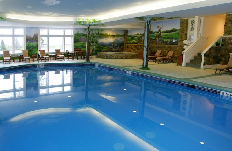 Indoor pool at Mountain View Grand Resort.