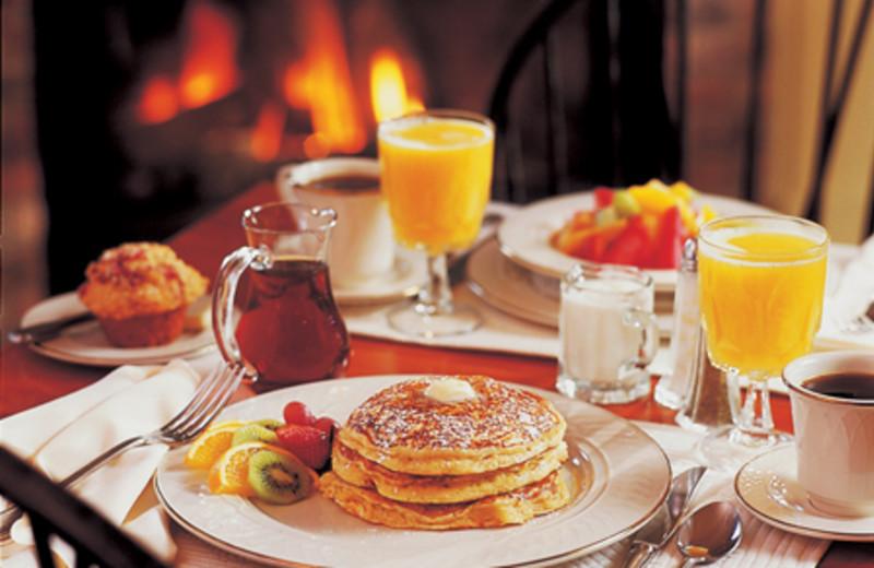 Breakfast at The Green Mountain Inn.