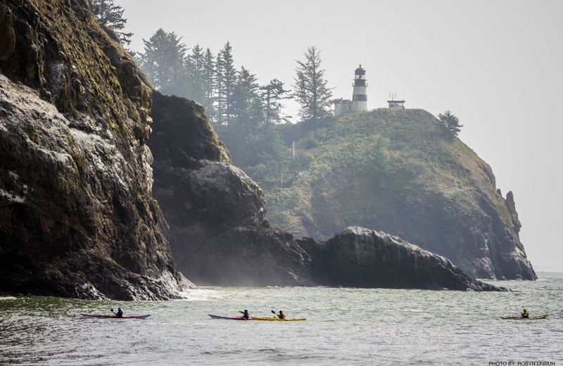 Cape Disappointment Lighthouse/kayakers