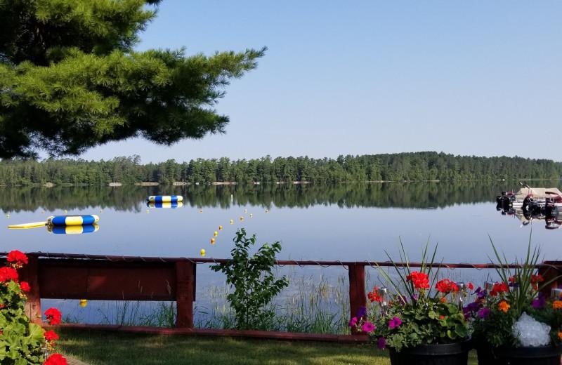 Lake view at Pine Beach Resort-Side Lake.