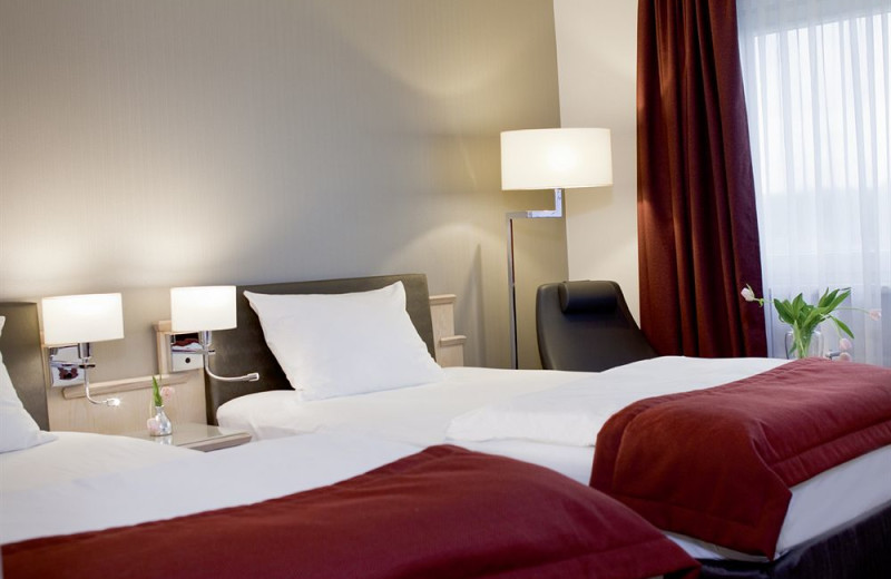 Guest room at Mövenpick 's-Hertogenbosch Hotel.