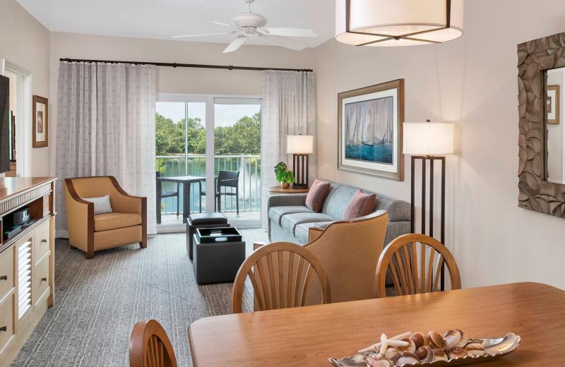 Guest room at Sheraton Broadway Plantation Resort Villas.