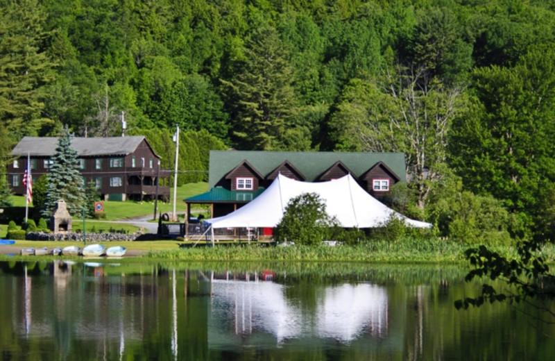 Exterior view of Twin Pines Resort.
