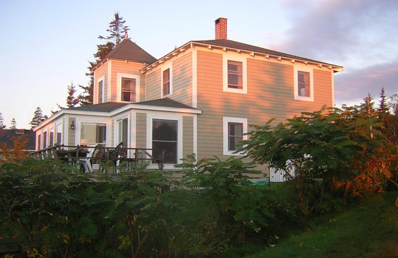 Rental exterior at Riverview Lobster Pound Cottages.