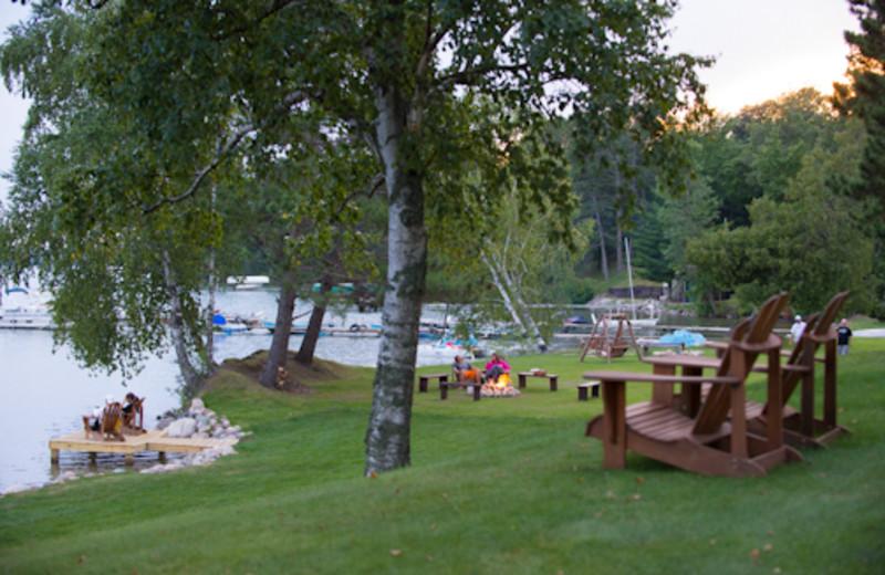 Relax at Sugar Lake Lodge.
