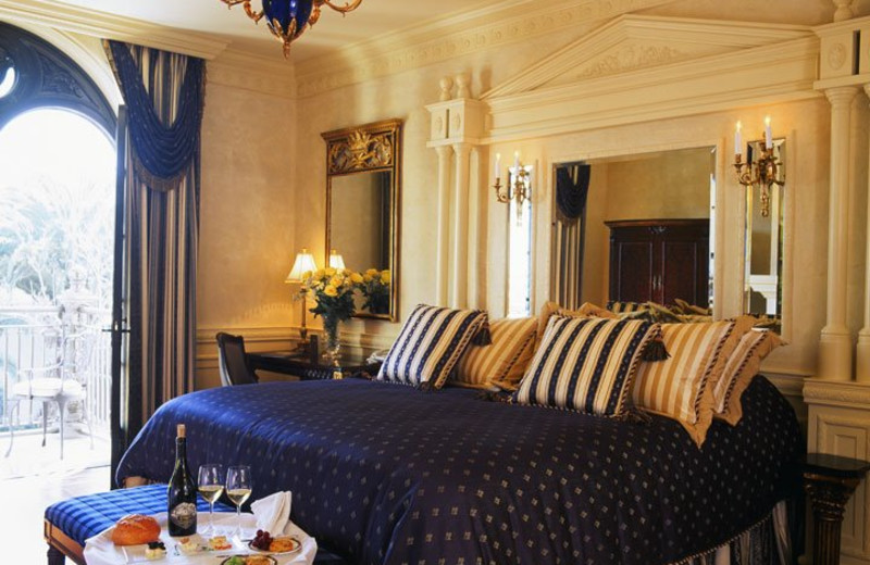 Guest room at Ledson Hotel & Harmony Lounge.