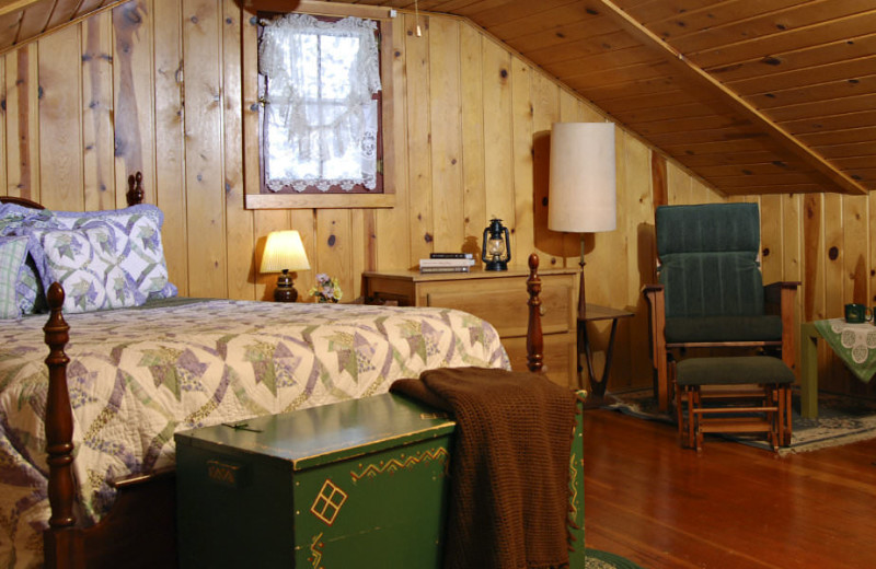 Cottage bedroom at Rocky Mountain Lodge & Cabins.
