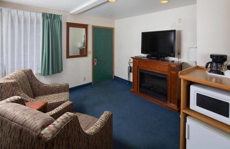 Guest room at Obertal Inn.