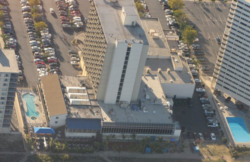 Aerial view of Clarion Resort Fontainebleau Hotel.