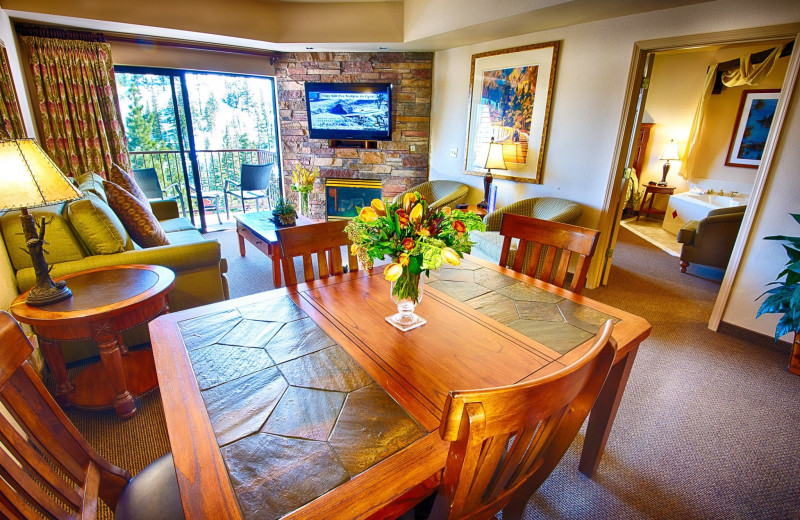 Guest room dining area at The Ridge Resorts.