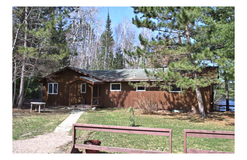 Cabin exterior at Silver Rapids Lodge.