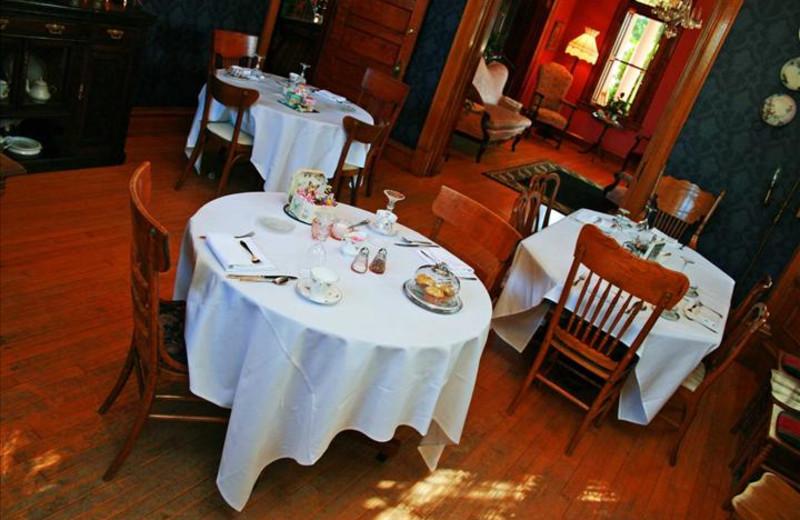 Dining at Grandison at Maney Park.
