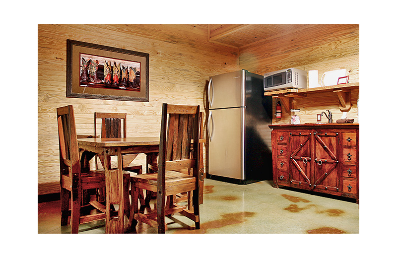 Cabin kitchen at Hideout on the Horseshoe.