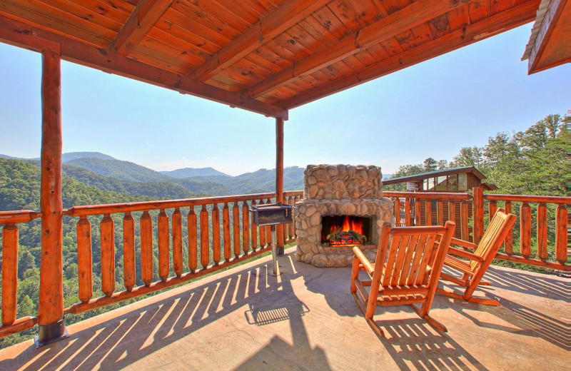 Rental balcony at American Mountain Rentals.