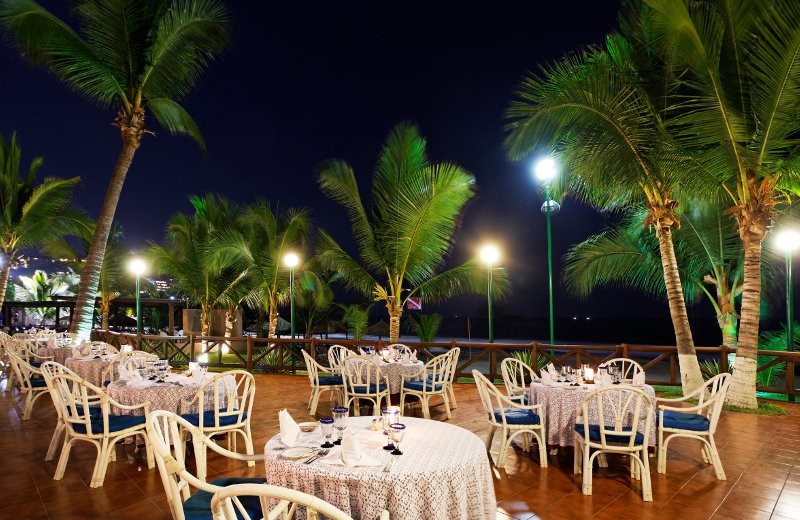 Terrace Dining at  Barcelo Ixtapa Beach