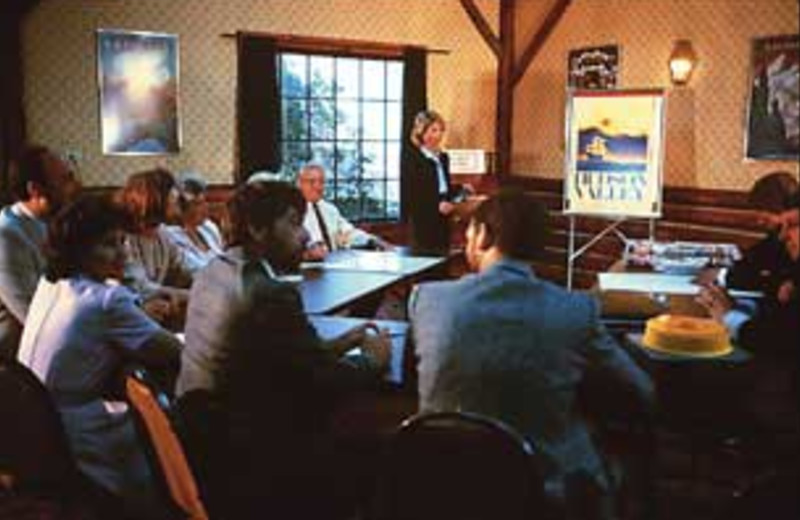 Meeting room at Winter Clove Inn.