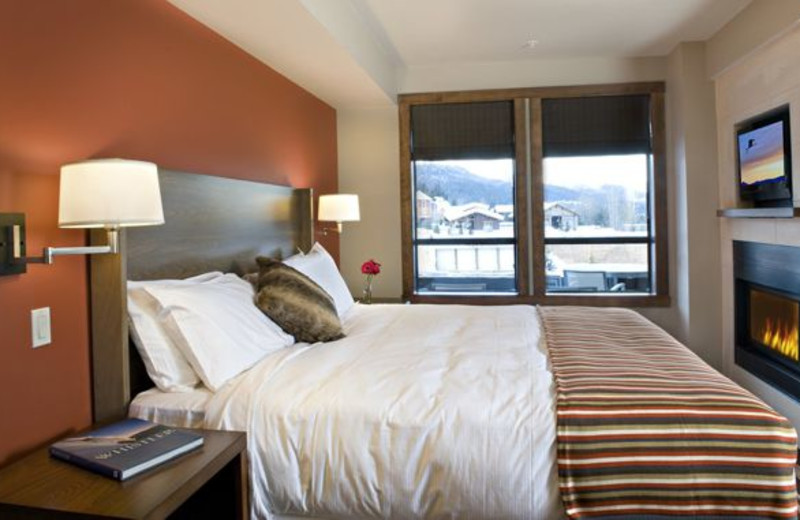 Guest bedroom at Evolution Whistler.