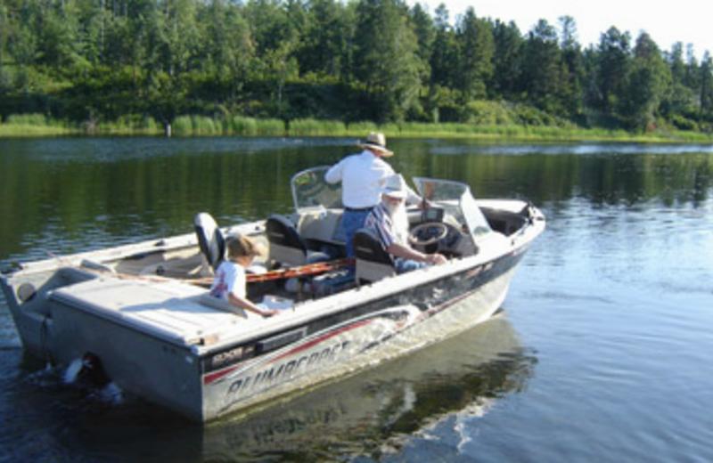 Beckers resort campground bena mn resort reviews for Fishing boat rental mn
