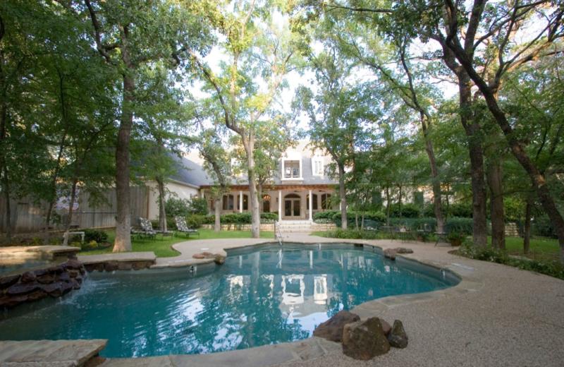 Outdoor pool at Wildwood Inn.