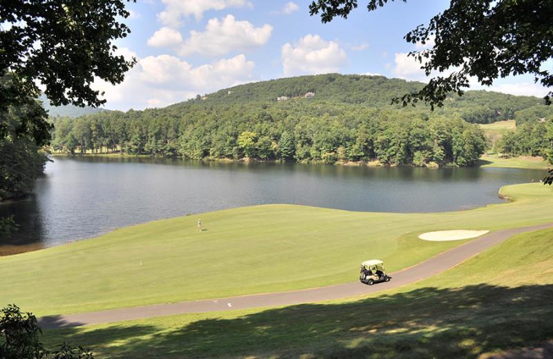 Golf course near Mountain Vista Rentals.