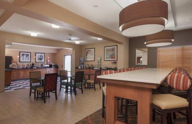 Breakfast at Hampton Inn Phoenix-Chandler.