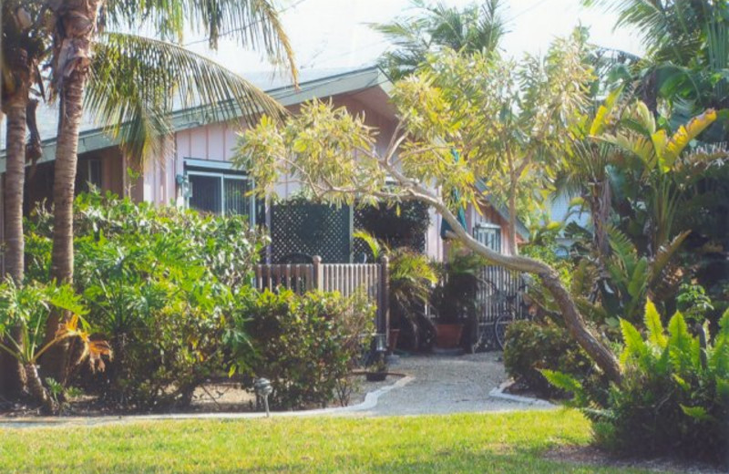 Cottage exterior at Palms Of Sanibel.