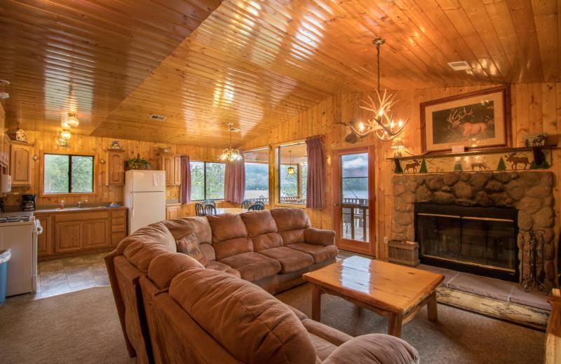 Rental living room at Pine River Lodge.