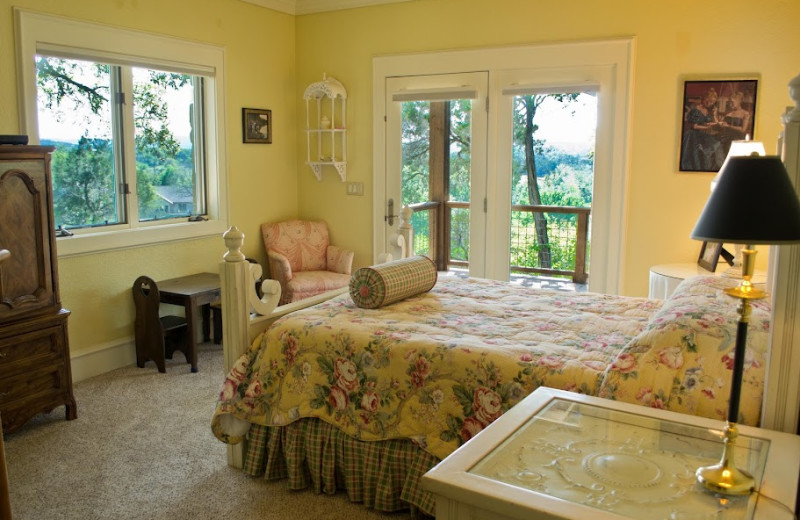 Rental bedroom at Hill Country Premier Lodging.