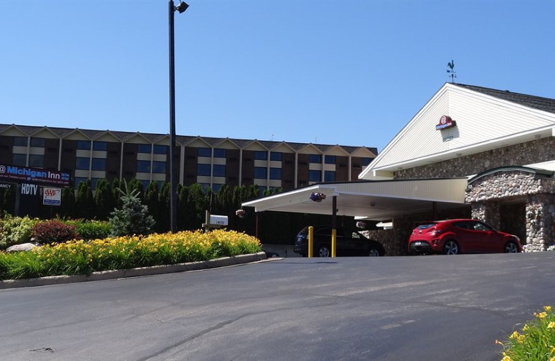 Exterior view of @ Michigan Inn and Lodge.