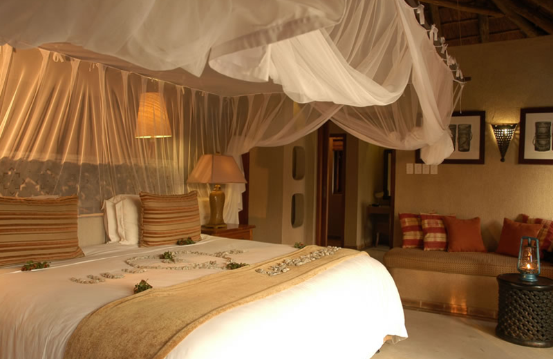 Guest room at Simbambili Game Lodge.