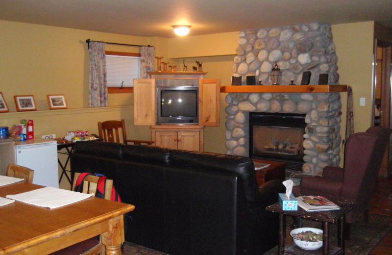 Living room at Bed & Breakfast on Mountain Lane.