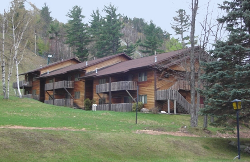 Exterior View of Pine Mountain Resort