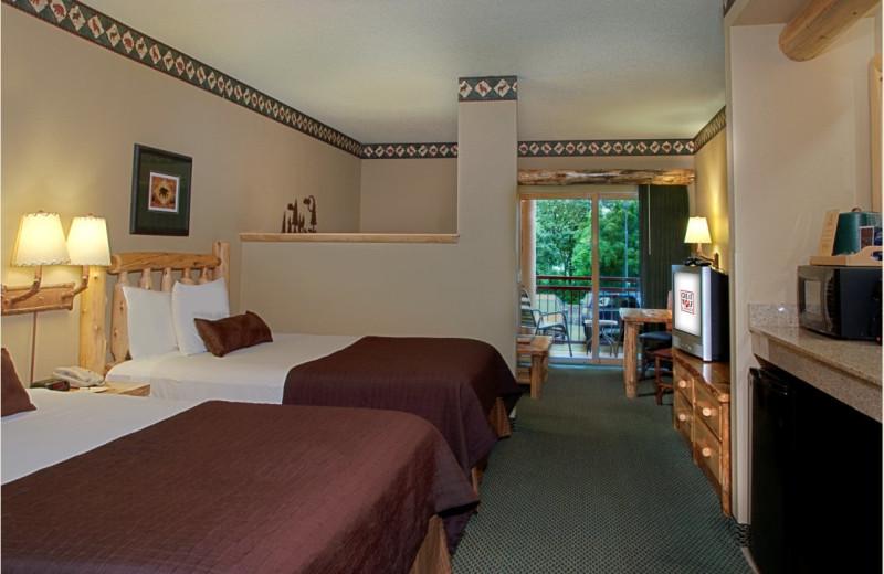 Guest room at Great Wolf Lodge - Niagara Falls.