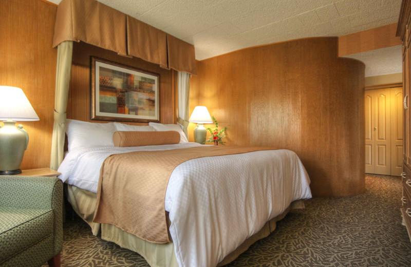 Guest bedroom at Toftrees Golf Resort and Conference Center.