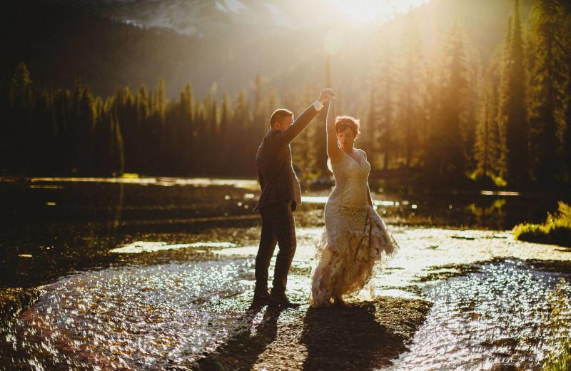 Weddings at Island Lake Lodge.