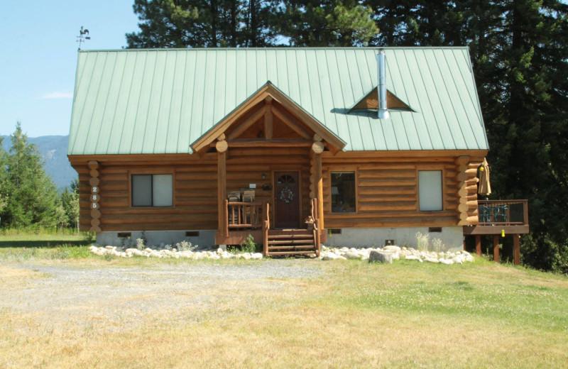 Cabin exterior at Natapoc Lodging.