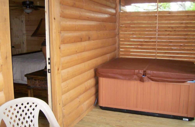 Cabin hot tub at White Oak Lodge