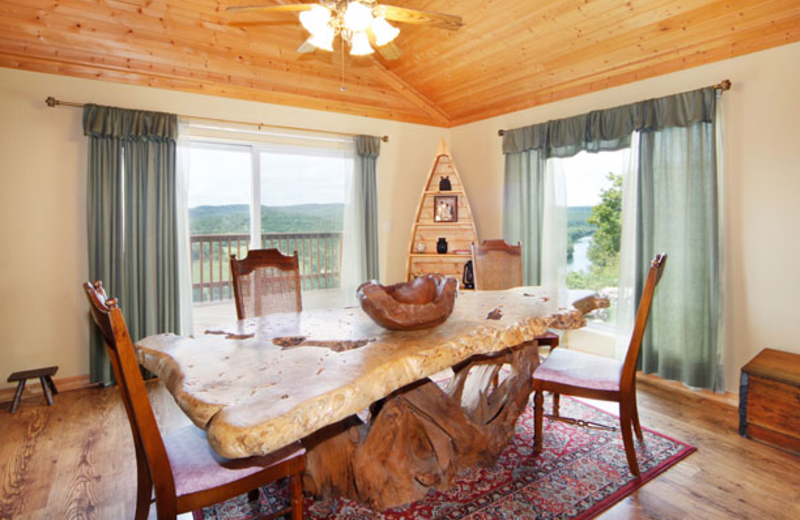 Dining table at Can-U-Canoe Riverview Cabins.