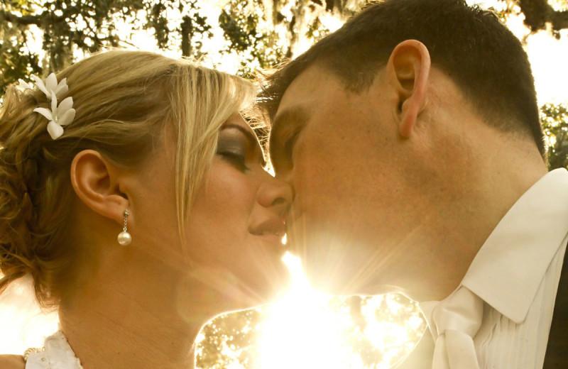 Wedding kiss at Sir Sam's Inn and WaterSpa.