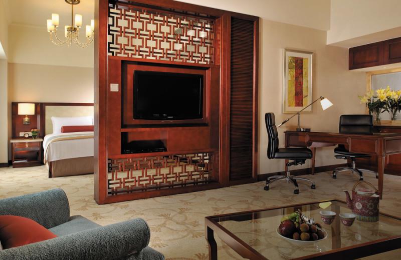 Gust room at Shangri-La Hotel-Beihai.