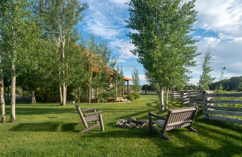 Grounds at Cottonwood Meadow Lodge.