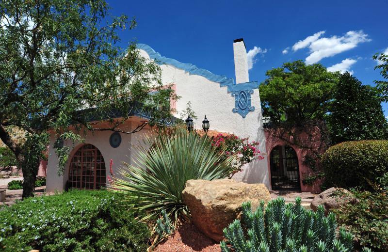Exterior view of Calumet & Arizona Guest House.