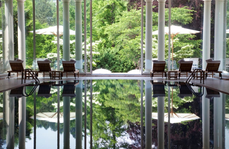 Spa pool at Brenner's Park – Hotel & Spa.